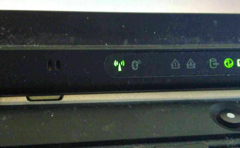 disabling  thinkpad  master control  wireless radios switch ikifio